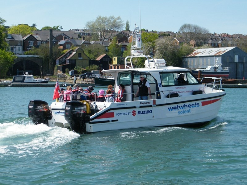Cowes Sailability Club received £2,000 from Wight AID.