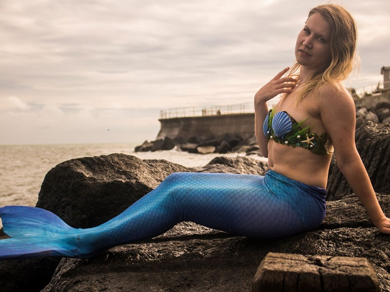 Mermaid Athiraa from Sweden. Photo by Luke Bridgeman.
